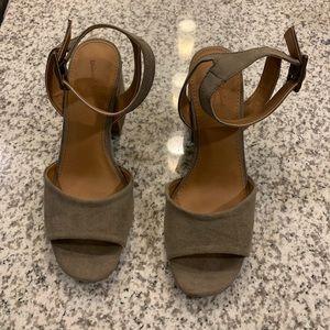 BRAND NEW - Block Heel Shoes